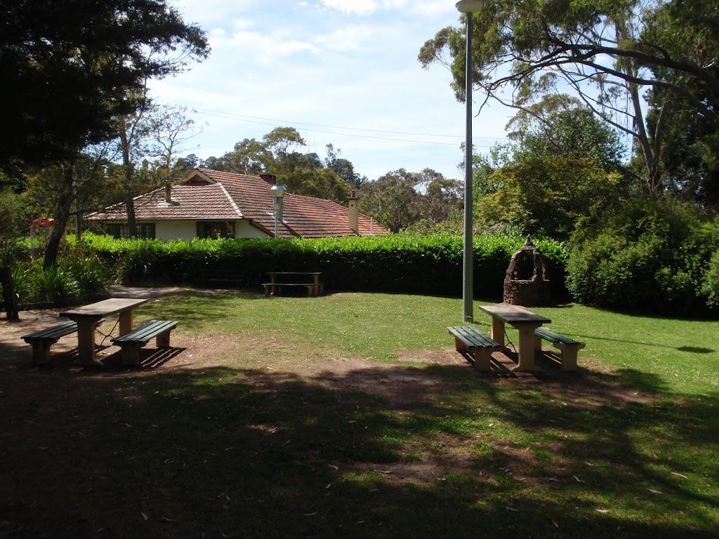 Parkland at Katoomba Kiosk (92173)