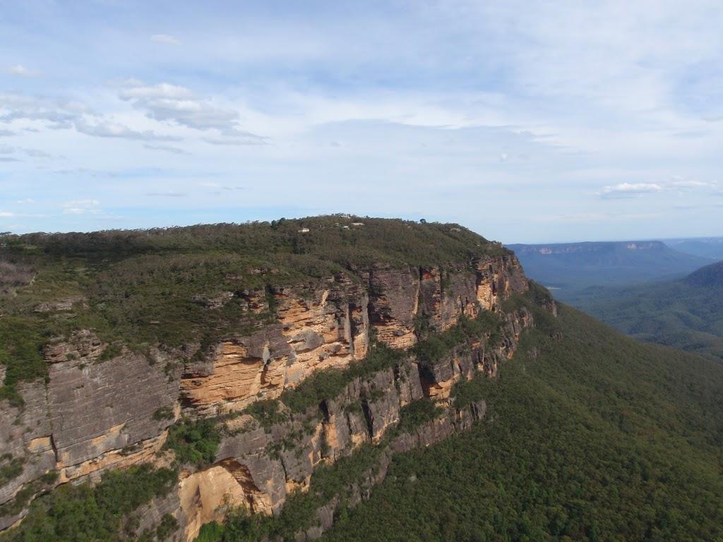 Sublime Point escarpment from Gordon Falls Lookout
