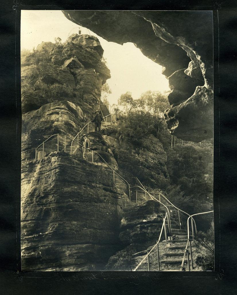 The Giant Stairway, Katoomba 1935 Harry Phillips