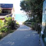Path leading to Jibbon Beach (98786)