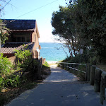 Path to Jibbon Beach